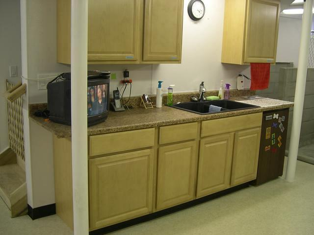 Kitchen and food preparation area